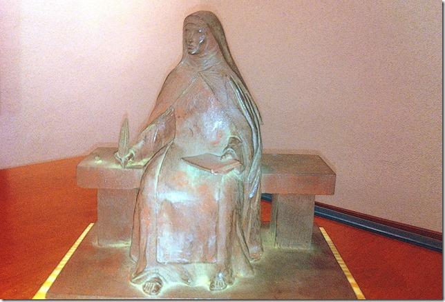 Santa Teresa, por el escultor Salvador Amaya susurrodedios.com